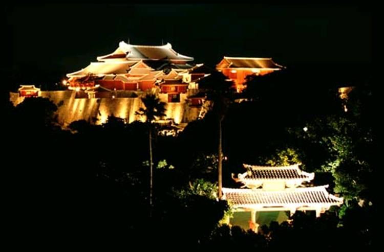 Shuri castle 31.8k